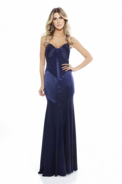 Vestido de Formatura Azul escuro longo colado