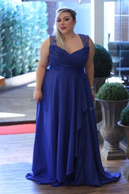 Vestido de Formatura Azul plus size longo