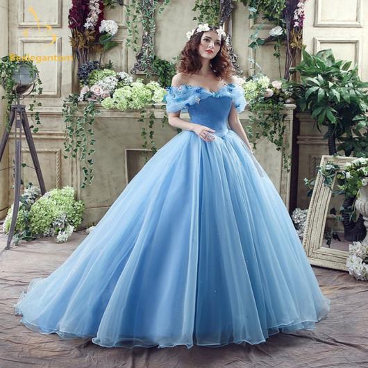 Vestido de debutante azul caneta