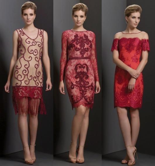 Modelos usam vestidos de festa curto para senhoras na cor vermelho.
