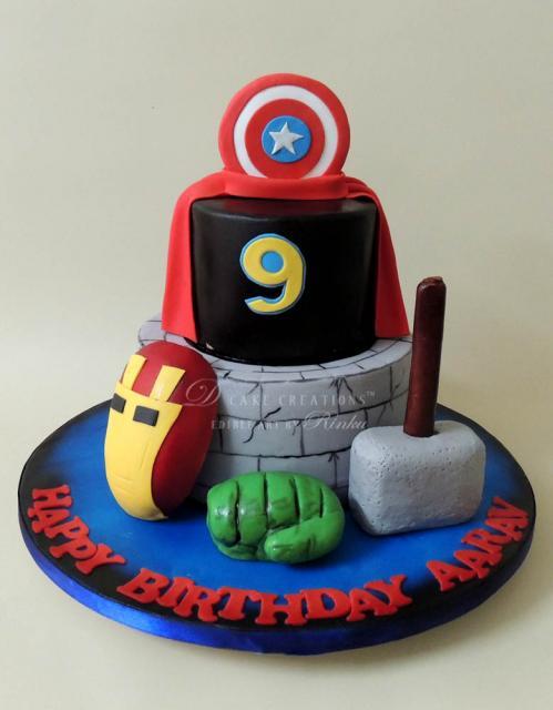 bolo dos Vingadores dois andares