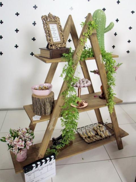 Chá de Casa Nova decoração rústica com cactos