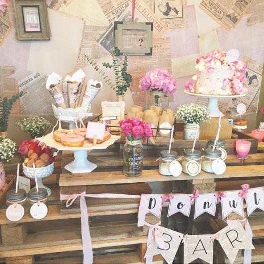 Chá de Casa Nova decoração rústica com enfeites caseiros