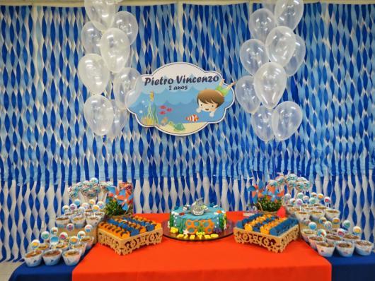 Cortina de Papel Crepom azul para festa com o tema fundo do mar