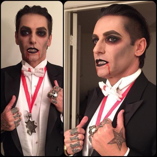 Fantasia de Vampiro preta vermelha e branca assustadora