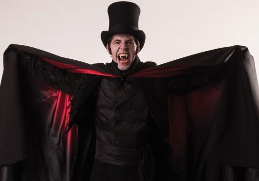 Fantasia de Vampiro masculina vermelha e preta de terror