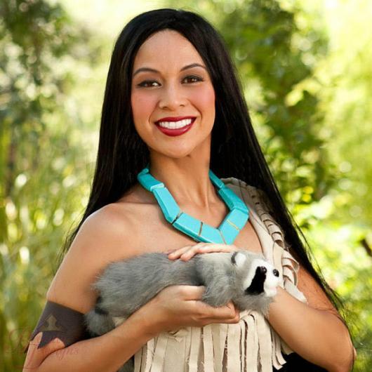 Fantasia Pocahontas com guaxinim