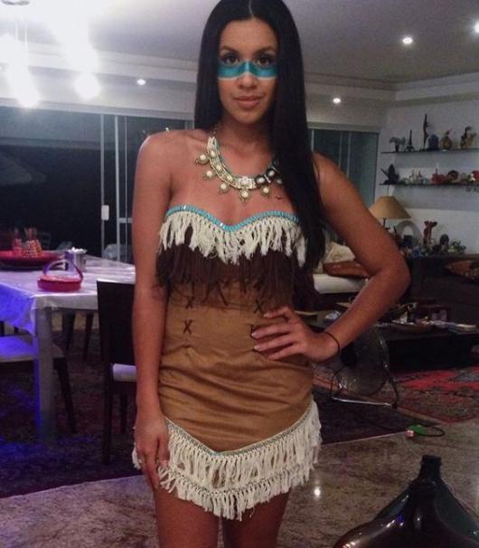 Fantasia Pocahontas diferente