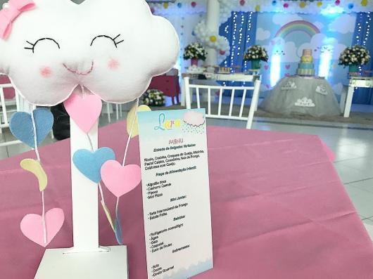 Festa Chuva de Amor decoração sofisticada