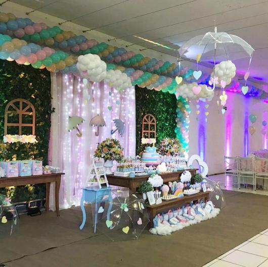 Festa Chuva de Amor decoração rústica com bexígas