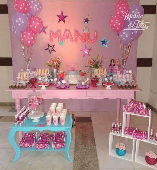 Festa da Barbie decorada com provençal colorido