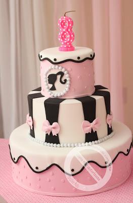 Festa da Barbie modelo de bolo de EVA rosa e preto