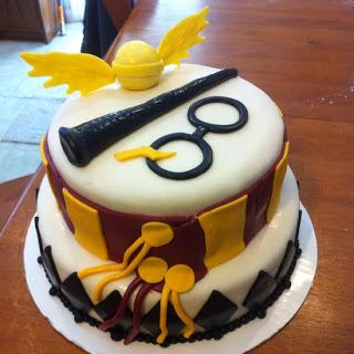 Festa Harry Potter bolo de pasta americana branca