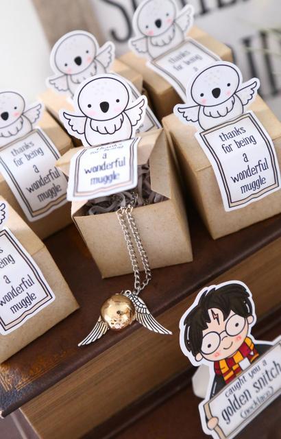 Festa Harry Potter lembrancinha sofisticada colar pomo de ouro