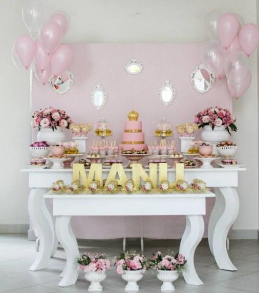 Festa Princesa simples decorada com balões