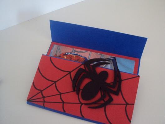 lembrancinhas do Homem-Aranha de EVA