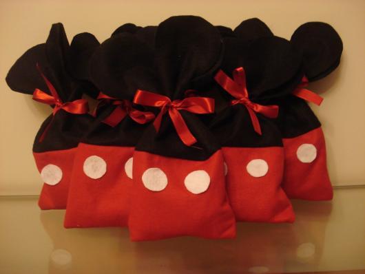 Lembrancinhas do Mickey saquinho surpresa de feltro