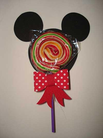 Lembrancinhas do Mickey pirulito personalizado com aplique de EVA
