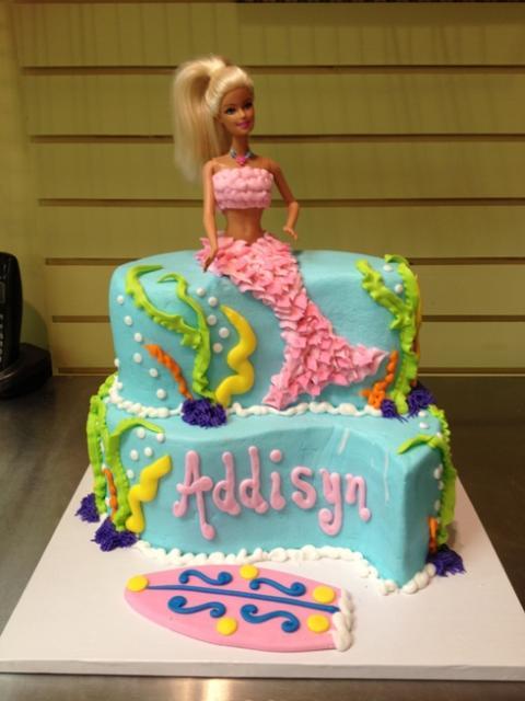 Bolo da Barbie com algas do fundo do mar
