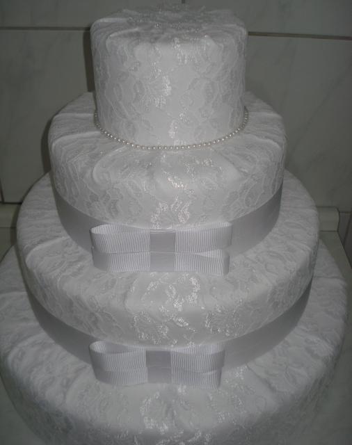 Bolo Fake Casamento de Tecido renda branca