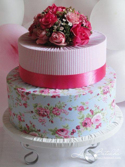 Bolo Fake Casamento de Tecido estampado de flores