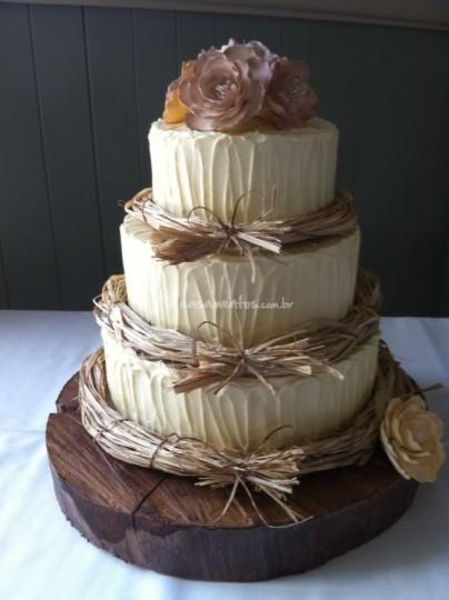 Bolo Fake Casamento com texturas do estilo rústico