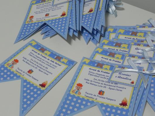 Convites Chá de Bebê no Estilo Junino em formato de bandeirinha
