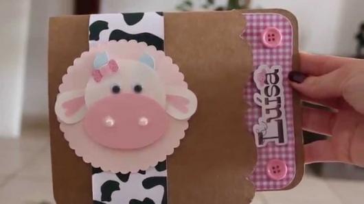 Convites Fazendinha rústico com aplique de porquinha
