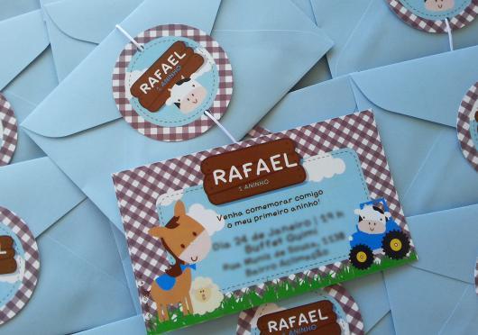 Convites Fazendinha cartão com envelope azul
