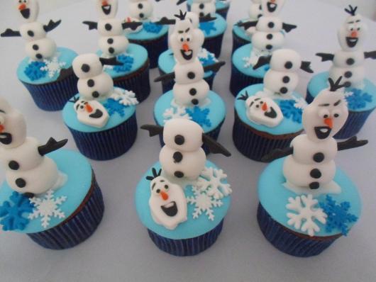 cupcake da Frozen olaf sem cabeça