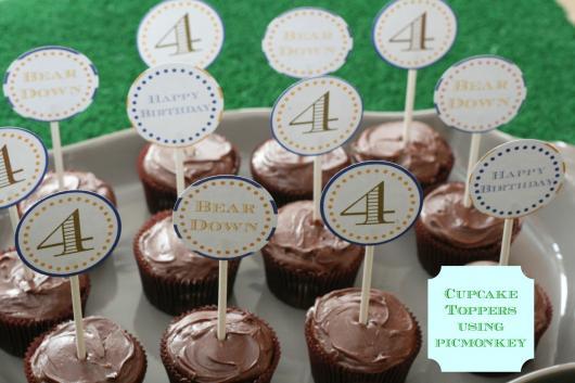 Cupcake de Chocolate comn topper estampado com a idade do aniversariante