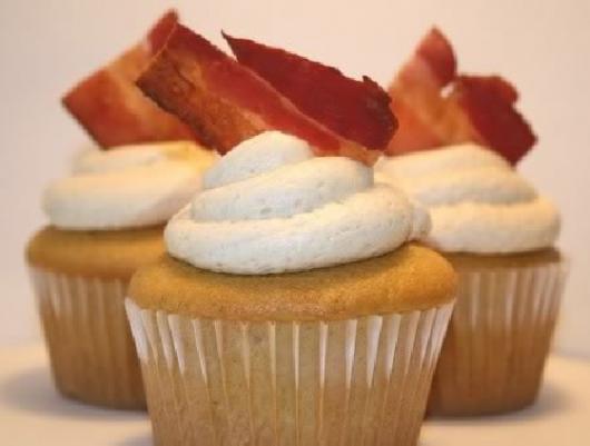 Cupcake Salgado Cobertura com Bacon