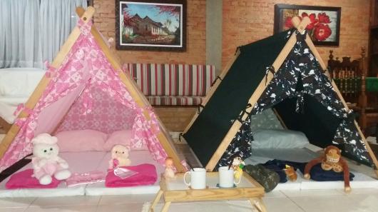 cabana de madeira para festa do pijama simples