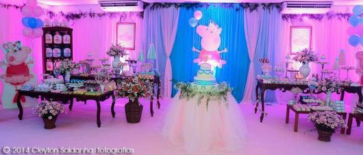Decoração Festa Peppa Pig Princesa com mobiliário completo e painel da personagem