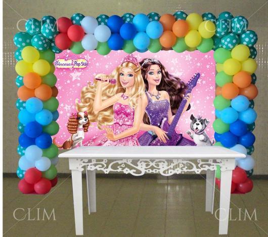 Painel de Festa Infantil da Barbie Pop Star