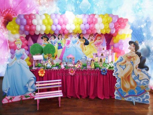 Painel de Festa Infantil das Princesas Disney