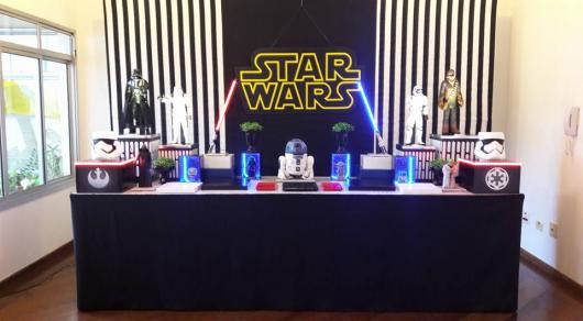 Painel de Festa Adulto de tecido com tema Star Wars