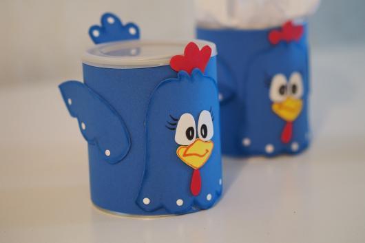 lembrancinhas com lata de leite galinha pintadinha