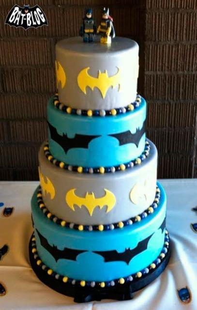 Bolo do Batman de 4 andares