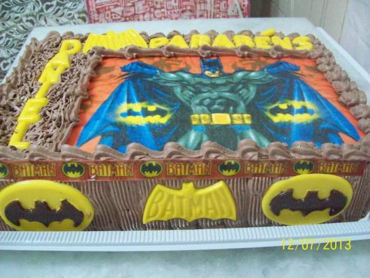 Bolo do Batman Quadrado com papel de arroz
