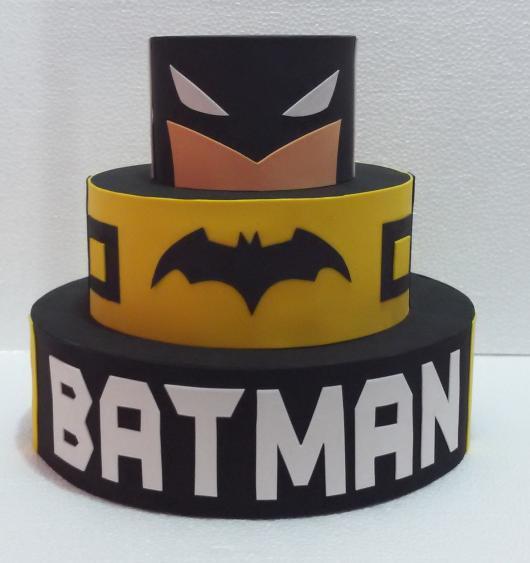 Bolo do Batman Fake com 3 andares