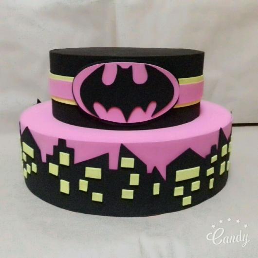 Bolo Fake Batman feminino