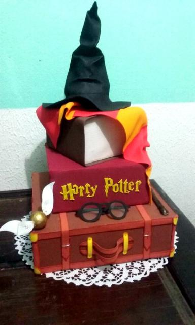 bolo Harry Potter fake