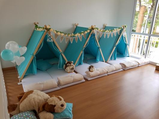 Como fazer uma festa do Pijama cabana azul com bandeirinhas
