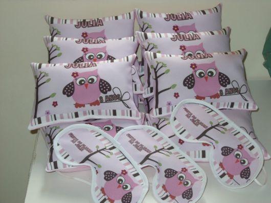 Como fazer uma festa do Pijama lembrancinhas com almofadas e máscara de dormir de coruja