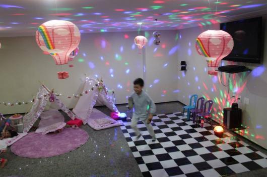 Como fazer uma festa do Pijama decoração do tema Show da Luna
