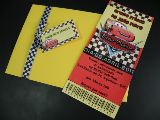 convites carros com envelope