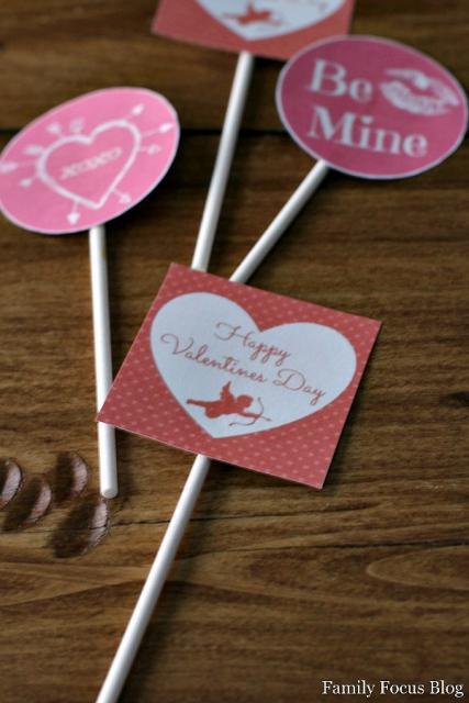 Cupcake para Dia dos Namorados Topper de coração com Cupido