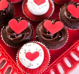 Cupcake para Dia dos Namorados de Pasta Americana e ganacha de chocolate