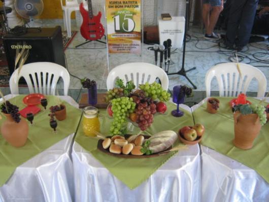 Decoração de Páscoa Para Igreja mesa para ceia